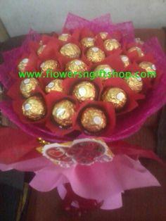 a ferrero a day takes your stress away Chocolates, Stress, Bouquet, Bear, Unique, Sweet, Flowers, Schokolade, Bouquets