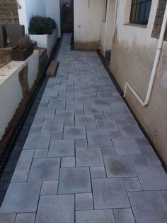 The Paving Experts for top-class paving installations in Pretoria. Pool Coping, Cladding