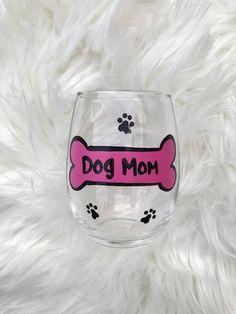Dog Mom handpainted wine glass/ dog lover gift/ pet lover gift / dog mom mug Gifts For Pet Lovers, Dog Lovers, Stemless Wine Glasses, Beer Mugs, Champagne Flutes, Moma, Dog Mom, Custom Design, Hand Painted