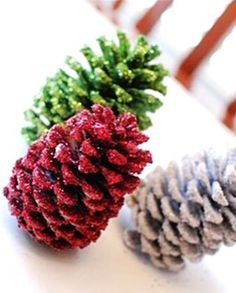 Image from http://img.loveitsomuch.com/uploads/201311/22/20/2013%20christmas%20pinecone%20crafts%20christmas%20colorful%20pinecone%20tree%20crafts%20decor%202013%20christmas%20pine%20con-t53098.jpg.