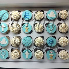 Confirmation cupcake order for my beautiful, @jazz_mxo! Love you so much & wish we could have been there to celebrate your special day with you xo ☺️ #catrinassweets #cupcake #cupcakes #godbleasjazzy #tiffanyblue #dove #rosary #host #chalice #dove...