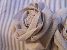 Rosa em Estopa
