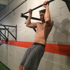 6. Move as one solid unit http://www.menshealth.com/fitness/10-secrets-to-the-perfect-pullup/6-move-as-one-solid-unit