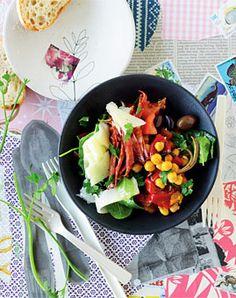 Kichererbsen-Salat mit Chorizo und Spinat - Herzhafte Gerichte für den Sommer - [LIVING AT HOME]