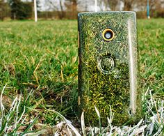 O2 Recycle creates a freshly-cut cell phone from grass clippings