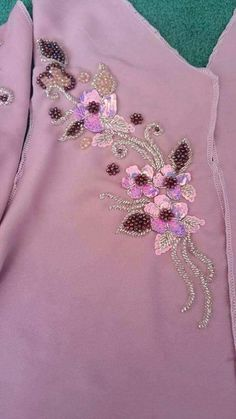 Embroidery Neck Designs, Embroidery Suits Design, Hand Embroidery, Painted Clothes, My Design, Creations, Couture, Sequins, Brooch