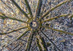 Arc de Triomphe | Zo mooi is onze wereld vanuit de lucht | via @cornovandenberg