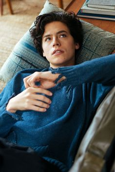 cole sprouse, riverdale, and boy image Dylan Sprouse, Sprouse Bros, Cole Sprouse Hot, Cole Sprouse Jughead, Cole Sprouse Shirtless, Zack Et Cody, Cole Spouse, Cole Sprouse Wallpaper, Riverdale Cole Sprouse