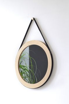 LUSTRO wiszące BULAJ, drewniana rama, 55 cm - Woodoo-People - Lustra