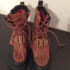Polo Boots Boys size 6 Polo Boots Boys size 6-- great condition!! Snow boots lined with fleece Polo by Ralph Lauren Shoes Lace Up Boots