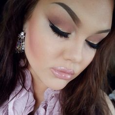 Her make up is on point!