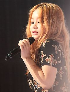 Lee Hi's hair Korean Wave, Korean Music, Korean Girl, Pop Crush, Lee Hi, Akdong Musician, Redheads Freckles, K Pop Star, Artists