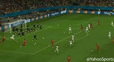Watch all of Tim Howard's World Cup record 16 saves AT THE SAME TIME (GIF) #WorldCup #Sports #GIF