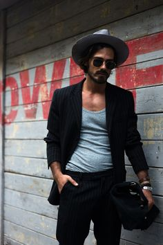 tee + blazer, black + grey // menswear street style + fashion