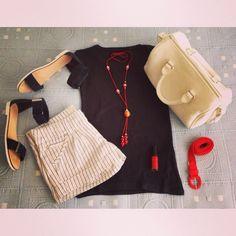 Comodidad para un día maratoniano...   #ideassoneventos #imagenpersonal #imagen #moda #ropa #looks #vestir #wearingtoday #hoyllevo #fashion #outfit #ootd #style #tendencias #fashionblogger #personalshopper #blogger #streetstyle #outfitofday #blogsdemoda #instamood #azulmarino #rojo #blanco #navy #verano #summer #lookcasual #casual