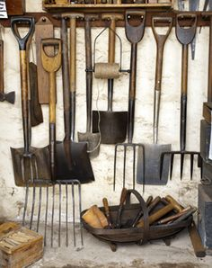 4 Charming ideas: Garden Tool Organization Hair Dryer garden tool shed diy.Garden Tool Organization Wall garden tool shed galleries. Old Garden Tools, Farm Tools, Old Tools, Gardening Tools, Storing Garden Tools, Garden Tool Organization, Garden Tool Storage, Shed Storage, Vintage Gardening