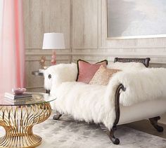 This Settee would look beautiful in my living room. Old Hickory Tannery Sherwood Sheepskin Settee from Neiman Marcus. Home Design, Design Salon, Canapé Design, Deco Design, Interior Design, Design Ideas, Modern Design, Design Inspiration, Interior Ideas