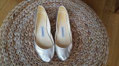 Wundervolle goldene Ballerinas aus weichem Leder - 39 - The White Ribbon