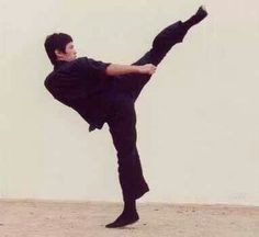 Bruce Lee Side kick