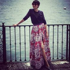 Eva Fontanelli in the most beautiful skirt!