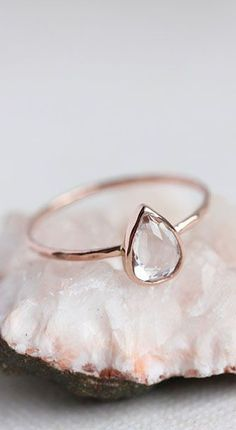 White topaz rose gold ring
