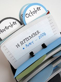 Good idea for remembering dates! Would make a great birthday reminder.