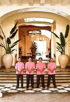 The Royal Hawaiian's Porte Cochere Driveway.The Royal Hawaiian 2259 Kalakaua Avenue. Honolulu, Hawaii (HI), 96815 United States Hawaiian Tiki, Vintage Hawaiian, Hawaiian Islands, Waikiki Beach, Honolulu Hawaii, Maui, Hawaii Hotels, Hawaii Travel Guide, Pink Palace
