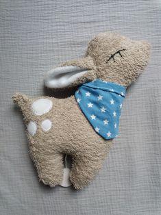 **Eine Spieluhr zum Liebhaben!** Ein individuelle handgemachte Spieluhr - das ideale Geschenk zur Geburt oder zur Taufe! Das niedliche Reh trägt ein Halstuch, das auf Wunsch gegen einen...