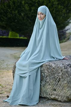 plus de 1000 id es propos de jilbeb sur pinterest hijabs niqab et abayas. Black Bedroom Furniture Sets. Home Design Ideas