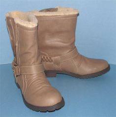 Report Joey Taupe Casual Hiking Boots New in Box 8.5 M