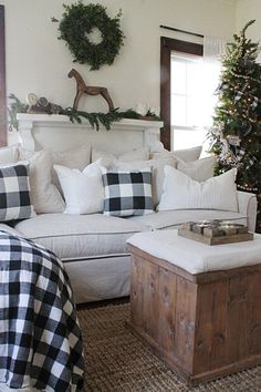 Buffalo Check Christmas Decor |