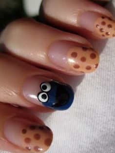 Do u like my cookie monster nails?