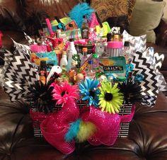 birthday present idea for Vicki 21st Birthday Basket, 21st Birthday Presents, Birthday Diy, Birthday Parties, Birthday Gifts, Birthday Ideas, Alcohol Gift Baskets, Alcohol Gifts, Liquor Bouquet