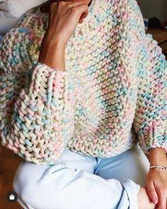 Nolita Sweater - Gotta Make - Amigurumi , Crochet , Knitting Fall Outfits, Cute Outfits, Fashion Outfits, Fashion Tips, Fashion Hacks, 2000s Fashion, Fashion Women, Style Fashion, Women's Fashion