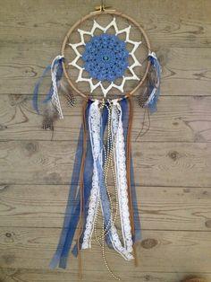 """Attrape rêves """"petit bleu"""",cercle en bois,suédine et rubans : Chambre d'enfant, de bébé par house-of-lili"""