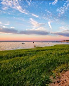 "Cape Cod & Islands Photography on Instagram: ""What we dream about on Cape Cod & the Islands... Moments like this 🥰💭 Tag someone you wish you could bring here right now! Photo by…"" Commonwealth Of Massachusetts, My Happy Place, Cape Cod, Wish, Bring It On, America, In This Moment, Sunset, Beach"