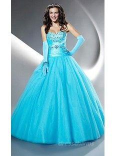 In so einem Kleid will er mich gerne bald mal ausführen...
