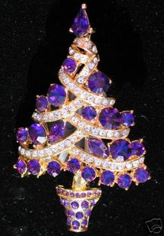 GORGEOUS PURPLE Rhinestone Christmas Tree Pin Brooch