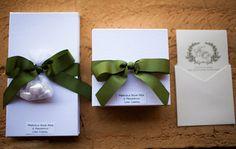 Lembrancinha e convite de casamento - (Foto: Chá das Duas)