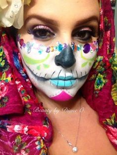 Glamzy SUGAR SKULL - you don't need to cover your entire face in make to create a showstopping effect! Just try this instead <3