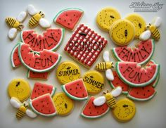 Family Reunion Cookies For Summer by dianna Galletas Cookies, Iced Cookies, Cut Out Cookies, Royal Icing Cookies, Frosted Cookies, Fancy Cookies, Summer Cookies, Holiday Cookies, Family Reunion Cakes