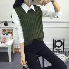 Cheap pullover sweater, Buy Quality autumn pullover directly from China pullover knitted Suppliers: 2018 spring Autumn pullover knit round neck vest for Women Korean style Fashion Knitted sleeveless pullover Sweater Vest Outfits For Women, Casual Outfits, Fashion Outfits, Clothes For Women, Style Fashion, Women's Clothes, Winter Clothes, Winter Dresses, Fashion Rings