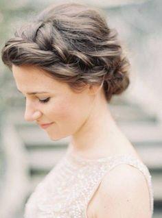 Einfache Frisuren für mittellange Haare