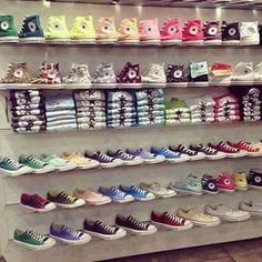 Find images and videos about shoes, converse and all star on We Heart It - the app to get lost in what you love. Converse All Star, Moda Converse, Converse Chucks, Cheap Converse, Custom Converse, Converse Outlet, Cute Shoes, Me Too Shoes, Girls Shoes