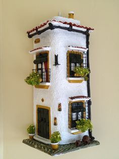 tejas decoradas andaluzas - Buscar con Google Clay Houses, Paper Houses, Miniature Houses, Plastic Bottle House, Glass Printing, Tile Crafts, Clay Fairies, Garden Whimsy, Gnome House