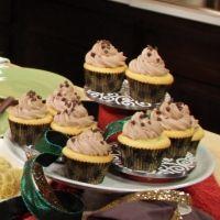 Holy Cannoli Cupcakes