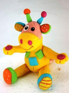 Giraffe Patchwork #fondant #cake #topper.  viorica's cakes: Jucariile dulci de pe torturile copiilor vostri