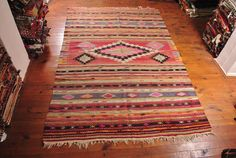 Vintage Hand wovenkilim rug. This handwoven kilim rug carpet is coming from Nomadic areas of Turkey. The kilim rug is made of finest wool on cotton