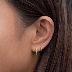 Three Ear Piercings, Pretty Ear Piercings, Piercings For Small Ears, Ear Jewelry, Cute Jewelry, Jewelery, Dainty Earrings, Cute Earrings, Gold Earrings