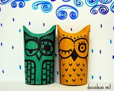 Owl puppets made from toilet paper rolls